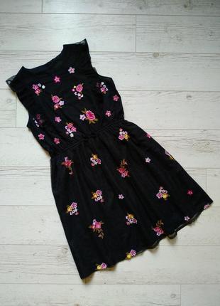 Платье сетка с вышивкой на девочку подростка