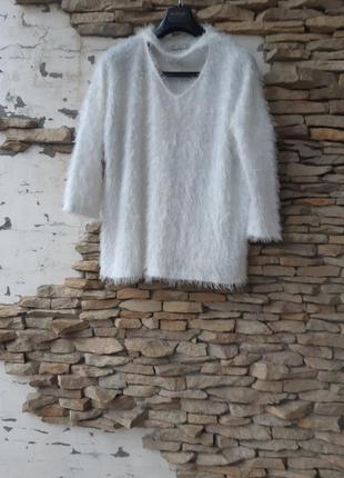 Мягенький пушистый пуловер большого размера