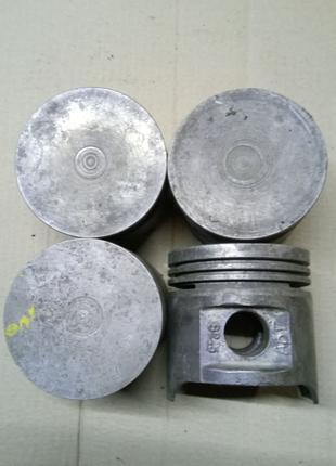 Поршни газ-24