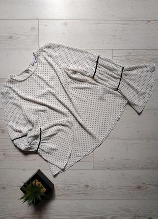 Нежная блуза в мелкий горошек р. xs