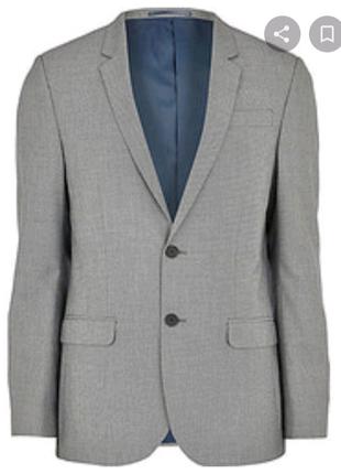 Чоловічий пиджак