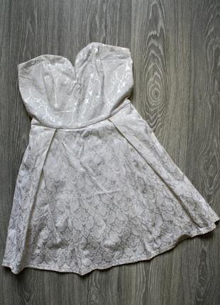 Нарядное платье  бюстье  красивое декольте р. 44-46