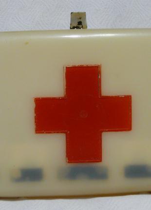 Коробка от аптечки