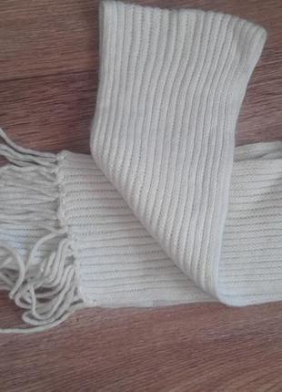 Зимняя вязаная шапка и шарф комплект белый
