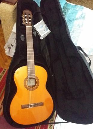 Японская классическая гитара Takamine G124