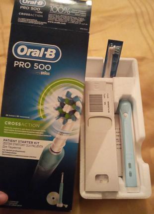 Электрическая зубная щетка ORAL-B BRAUN Professional Care 500