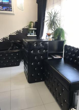 Стильная мебель для салонов красоты, шоурумов, магазинов!