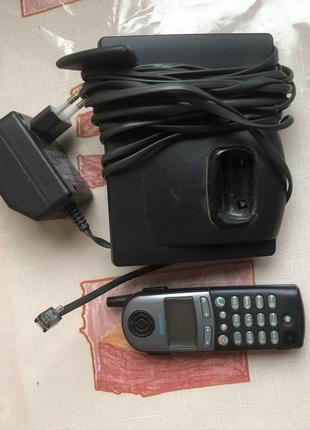 Недорого рабочий телефон в прекрасном состоянии.