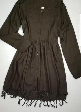 Удлиненная рубашка с вышивкой /туника с бахромой большого размера