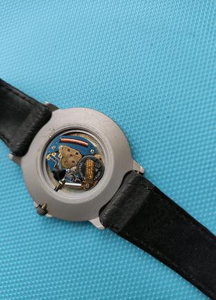 Швейцарские часы WATHARI.