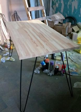 Дизайнерский стол, ножки шпильки