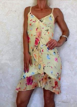 Невероятное платье в цветочный принт