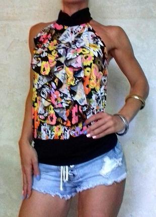 Красивая блузка цветочный принт