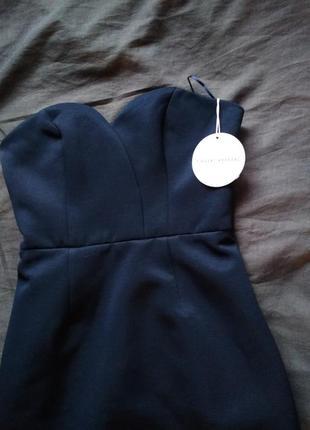 Красивое модное платье finders
