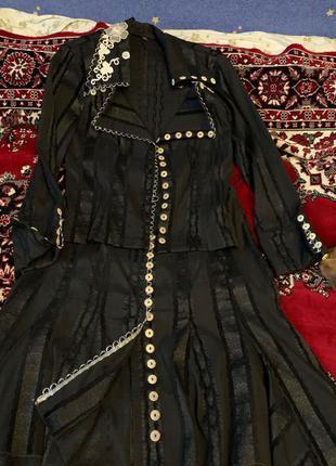 Женские костюмы