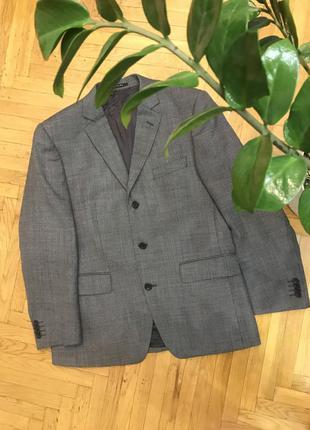Пиджак высокого класса 🇩🇪christian berg размер l шерсть