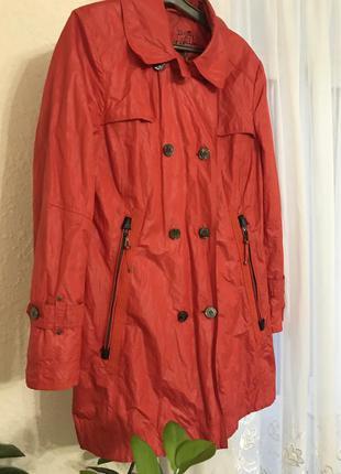 Пальто куртка тренч германия красное gil bret