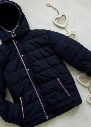 Фирменная деми курточка.