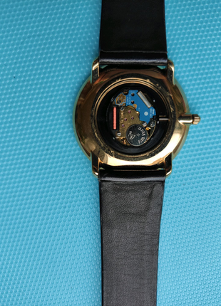 Новые швейцарские часы Watchari 418238.