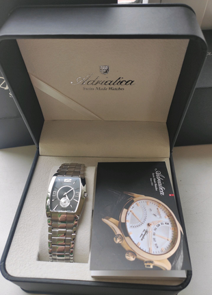 Швейцарские часы Adriatica 1071.1079.5