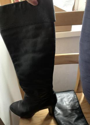 Высокие кожаные сапоги 😍