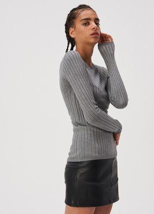 Новая длинная облегающая серая кофта темно-серый свитер джемпе...