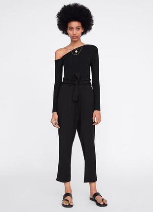 Черные брюки с высокой талией zara