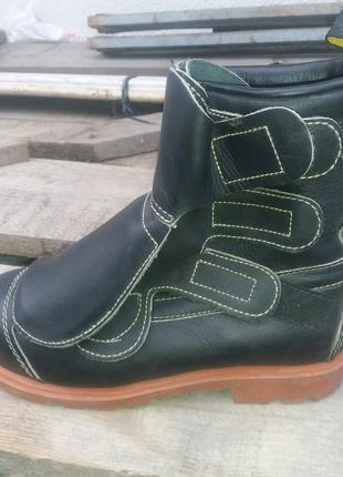 Ботінки, черевики, робоче взуття