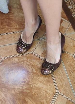 Тренд замшевые кожаные туфли на каблуке змеиный принт питон ко...
