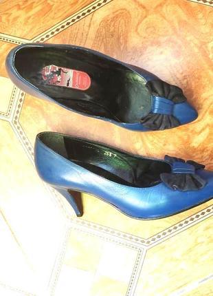 Кожаные классические синие туфли с бантом узкий нос лодочки не...