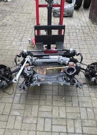 Передняя подвеска стойки балка цапфы на BMW X3 F25 X4 F26
