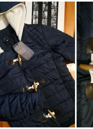 Alcott . зимняя куртка с капюшоном . новая с бирочками . размер m