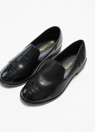 Женские черные туфли (лоферы, мокасины, балетки) из искусственной