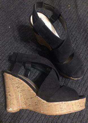 F&f замшевые босоножки сандали на танкетке платформе
