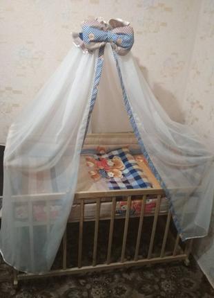 Детская кроватка, матрац, набір в кроватку.