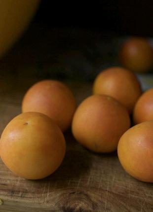 Томат Оранжевый персик (семена  20 шт)