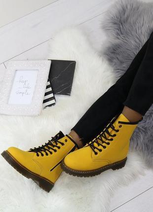 Стильные ботиночки горчица