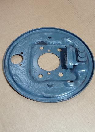 Щит заднего тормоза левый ВАЗ 2108-09 АвтоВАЗ