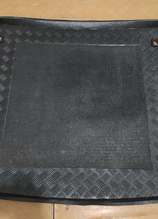 Коврик багажника пластиковый HYUNDAI Santa Fe 2006-2012