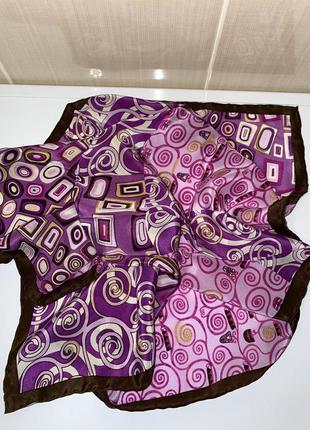 Красивый шёлковый платок codello