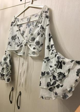 Шикарная блузка топ на завязке с пышными рукавами