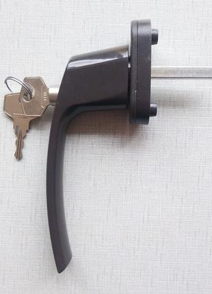 Ручка оконная с ключом антидетка Плутон, коричневая (Польша)