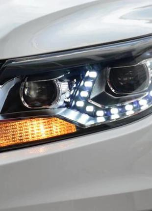 Передние фары VW Tiguan (11-16) тюнинг Led оптика (2 линзы)