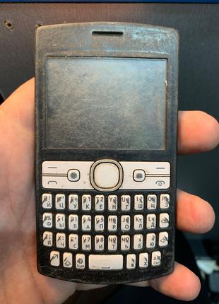 Мобильный телефон Nokia Asha 205 под ремонт или на запчасти