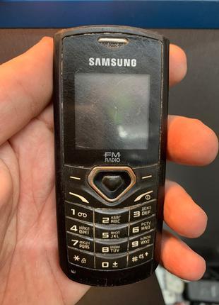 Мобильный телефон Samsung gt-e1175t под ремонт или на запчасти