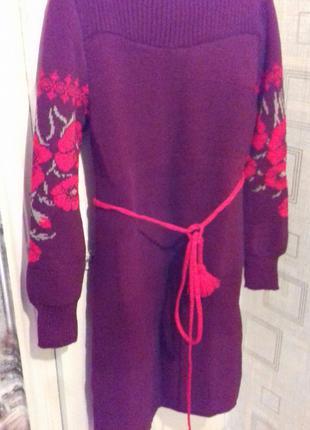 Нарядное вязаное платье - вышиванка