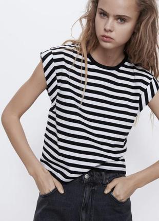Белая в черную полоску футболка майка зара zara