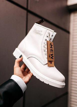 Шикарные зимние ботинки dr.martens classic white на меху