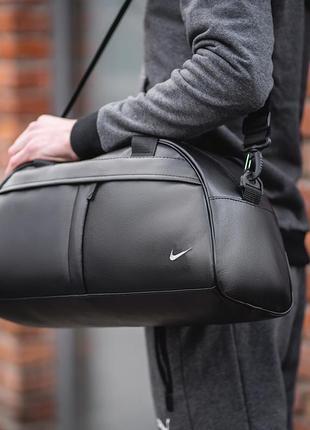 "Спортивная сумка ""bread"" черная"