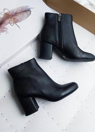 Jessica simpson оригинал черные кожаные ботильоны